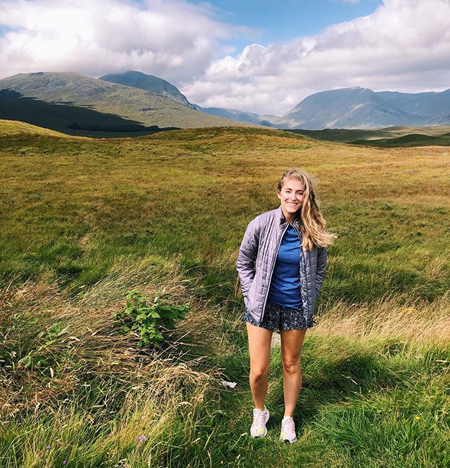 Successfully drove from Glasgow up into the Highlands! Swipe to see my opposite side driving (videographer skills @laura.c.palmer)