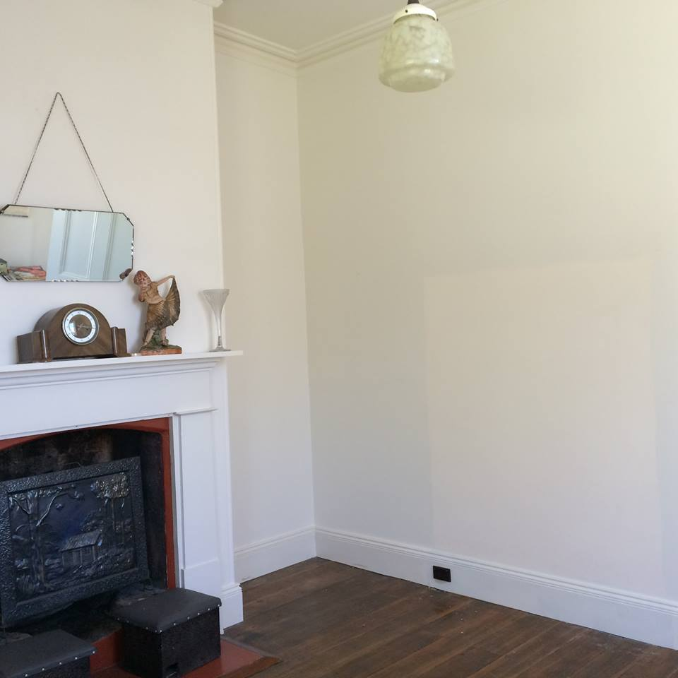 White wall's of the Rosny Cottage