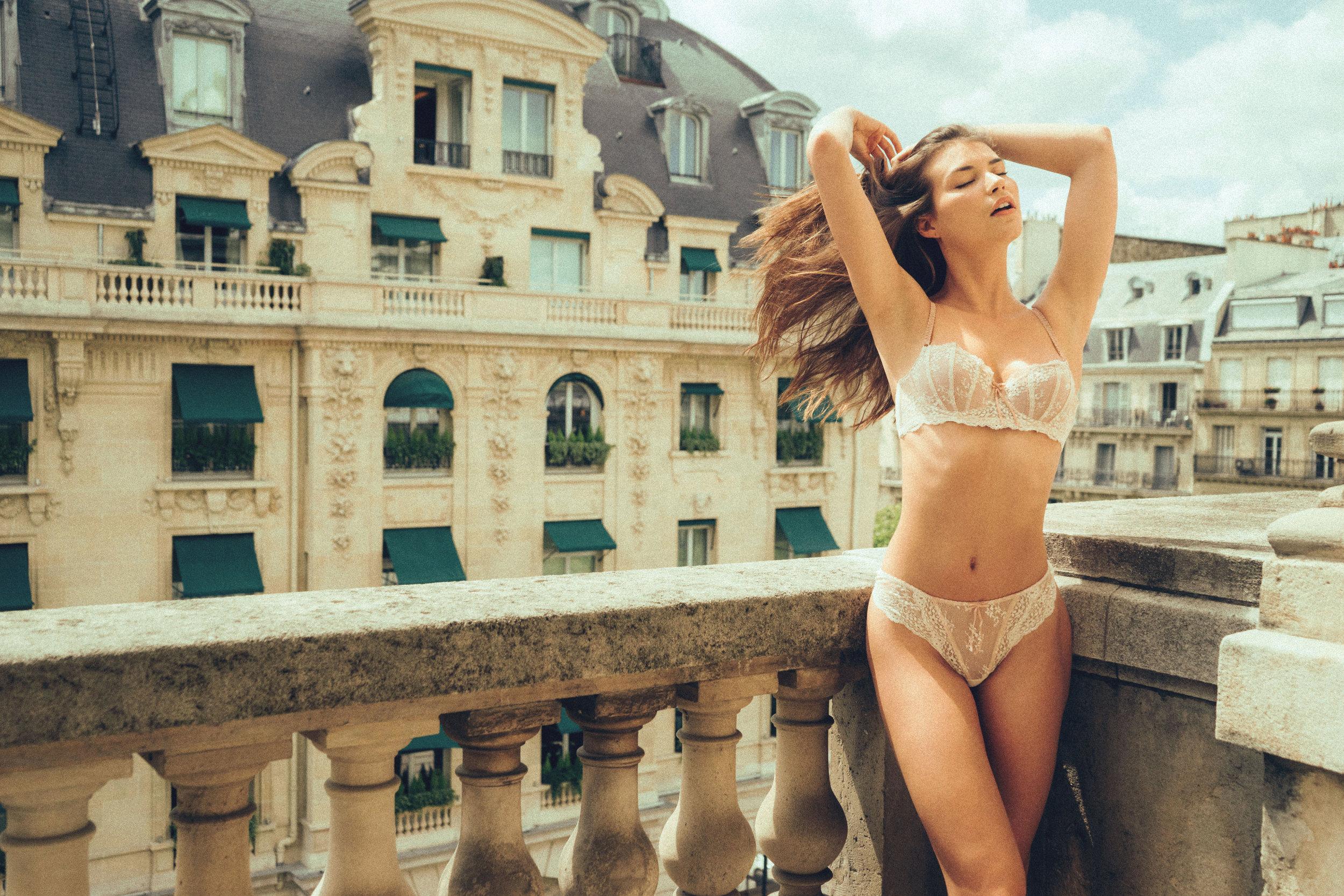 Jen_Senn_Brittani_Paris-25.jpg