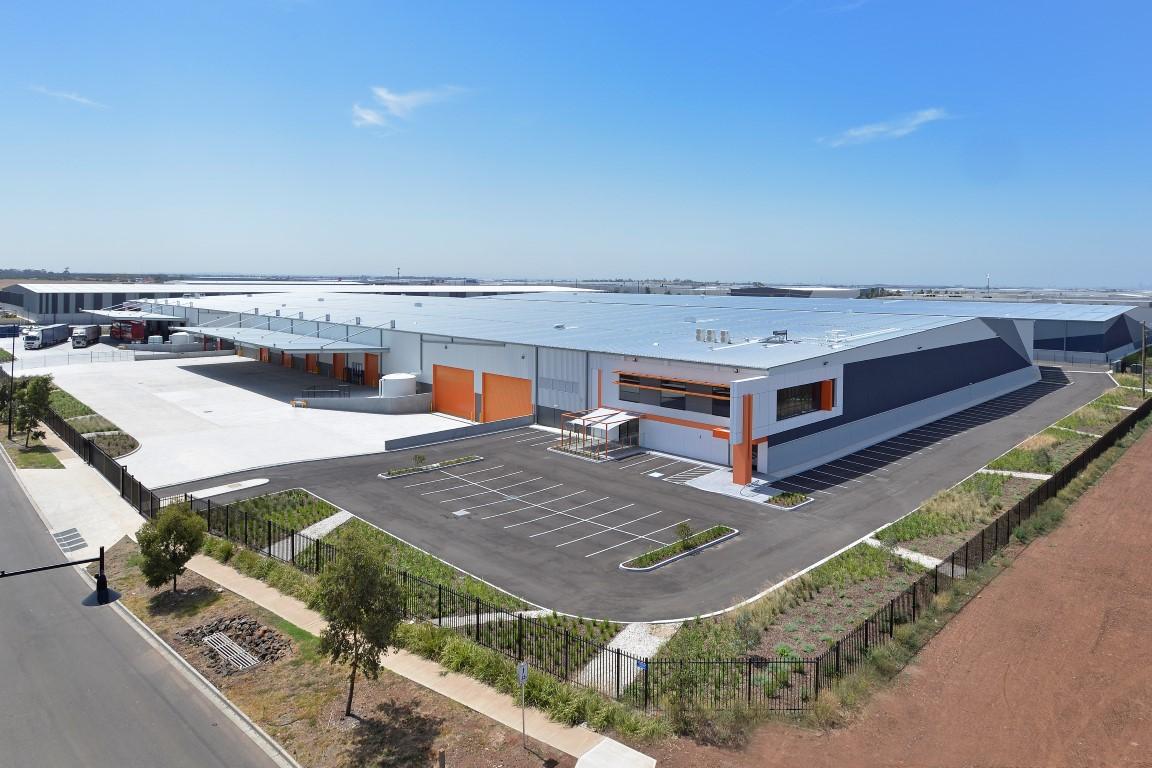 Fastline & Spec Warehouses  Derrimut, VIC  46,000m2 Client: Australand