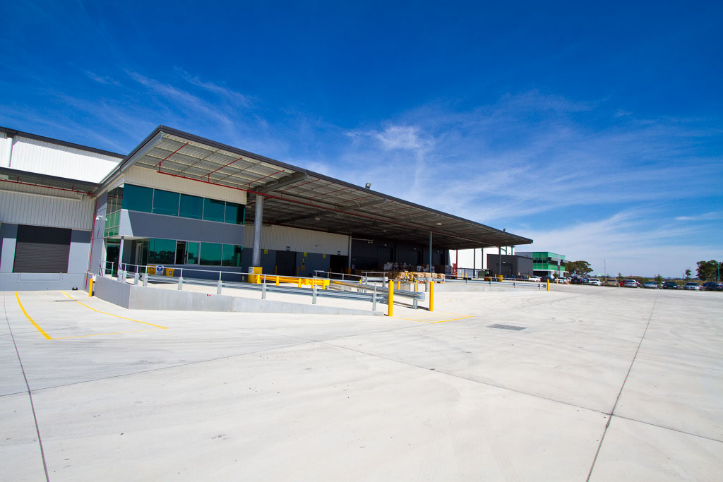 Pacific Brands Distribution Warehouse  Truganina, VIC  47,000m2   Client: Vaughan Constructions