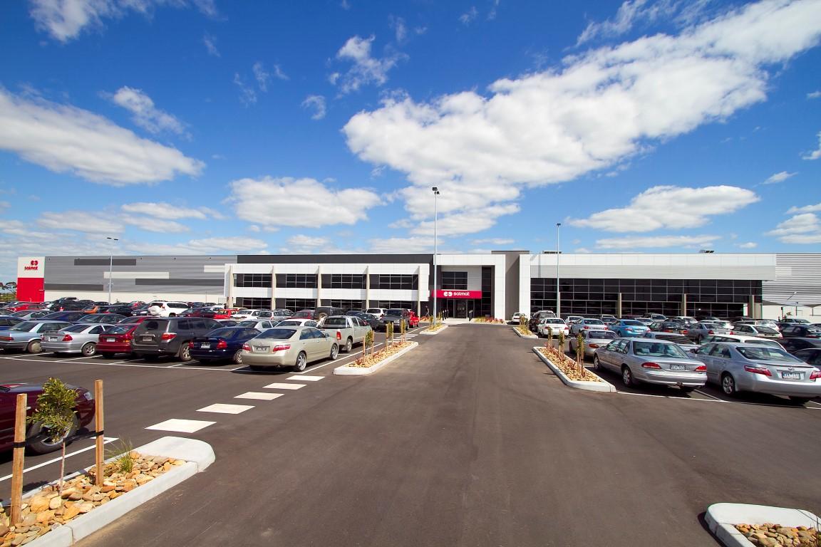 Salmat Manufacturing & Logistics Facility  Ravenhall, VIC  22,000m2   Client: Pellicano Builders