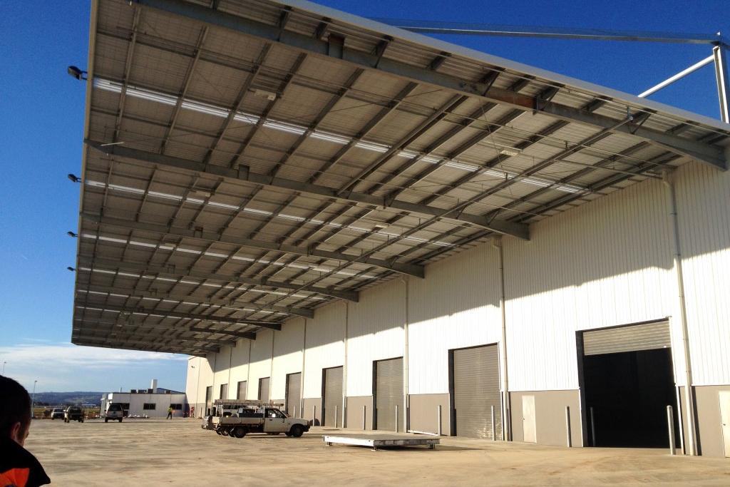 Cahill Transport Logistics Warehouse  Direk, SA  9,500m2   Client: Vaughan Constructions