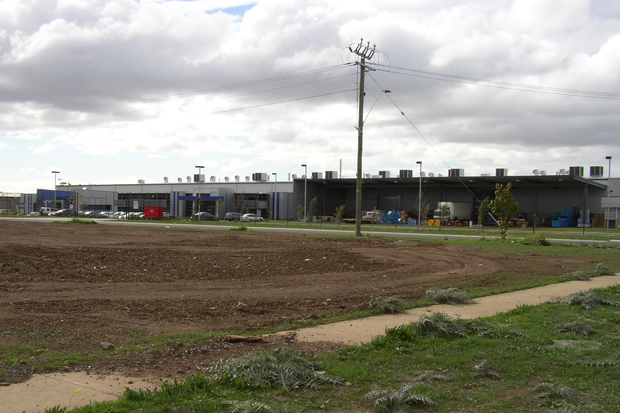 ACL Pistons  Laverton North, VIC  Client: Vaughan Constructions