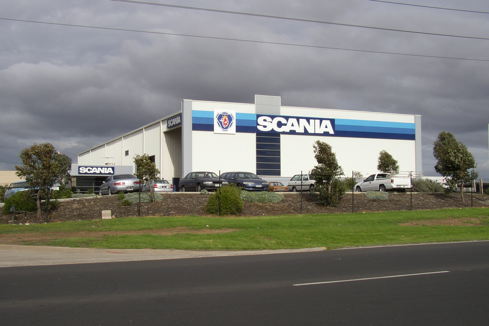 Scania  Dandenong, VIC  Client: Vaughan Constructions