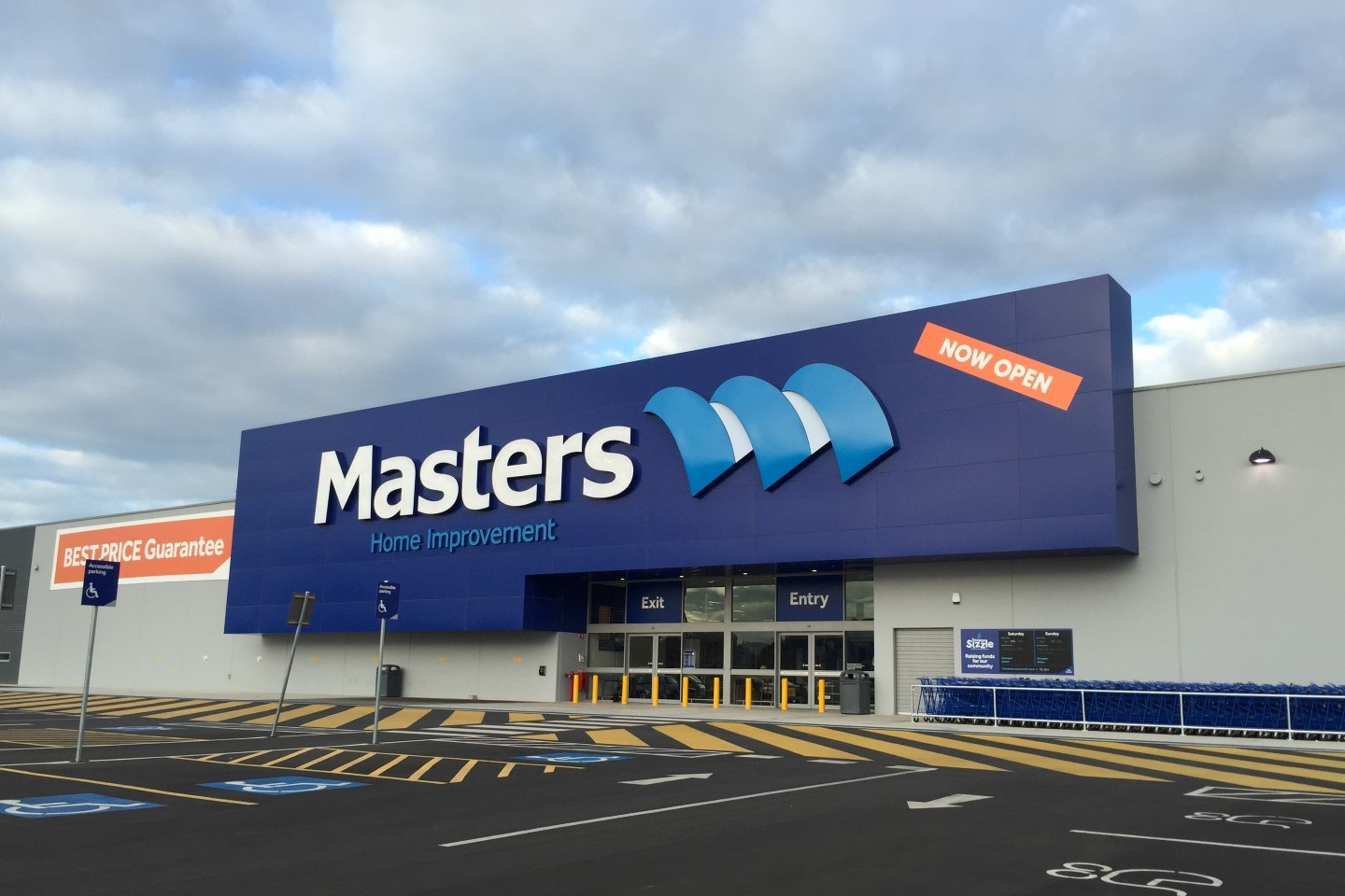 Masters Warehouse  Adelaide Airport, SA  Client: Construction Engineering