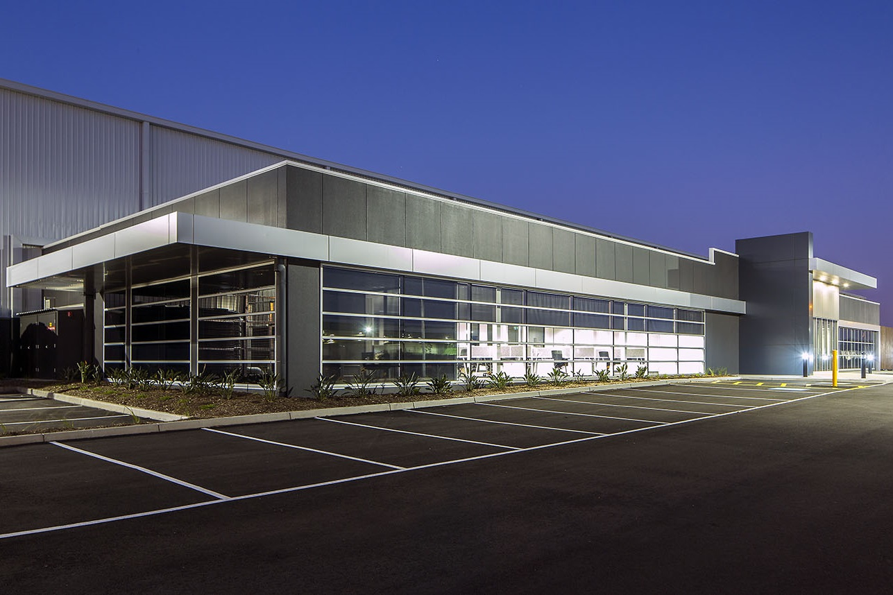 Country Road National Distribution Warehouse  Truganina, VIC  25,000m2 Client: Vaughan Constructions