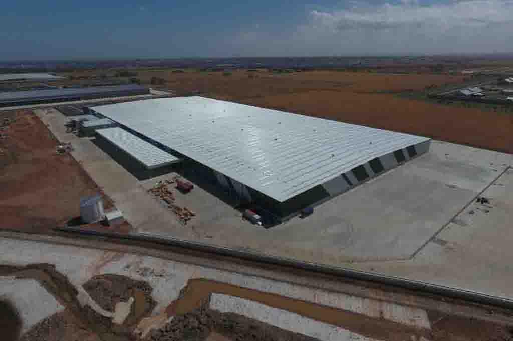 Target Distribution Centre  Truganina, VIC  65,000m2 Client: CIP
