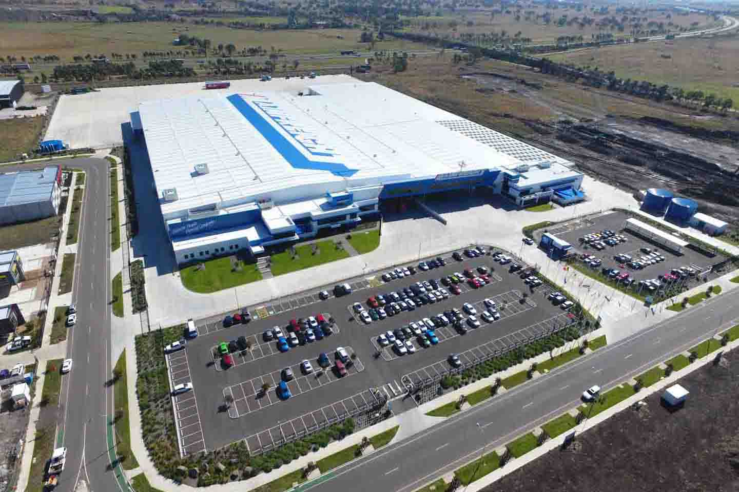 Mainfreight Distribution Facility  Epping, VIC  48,000m2 Client: Vaughan Constructions