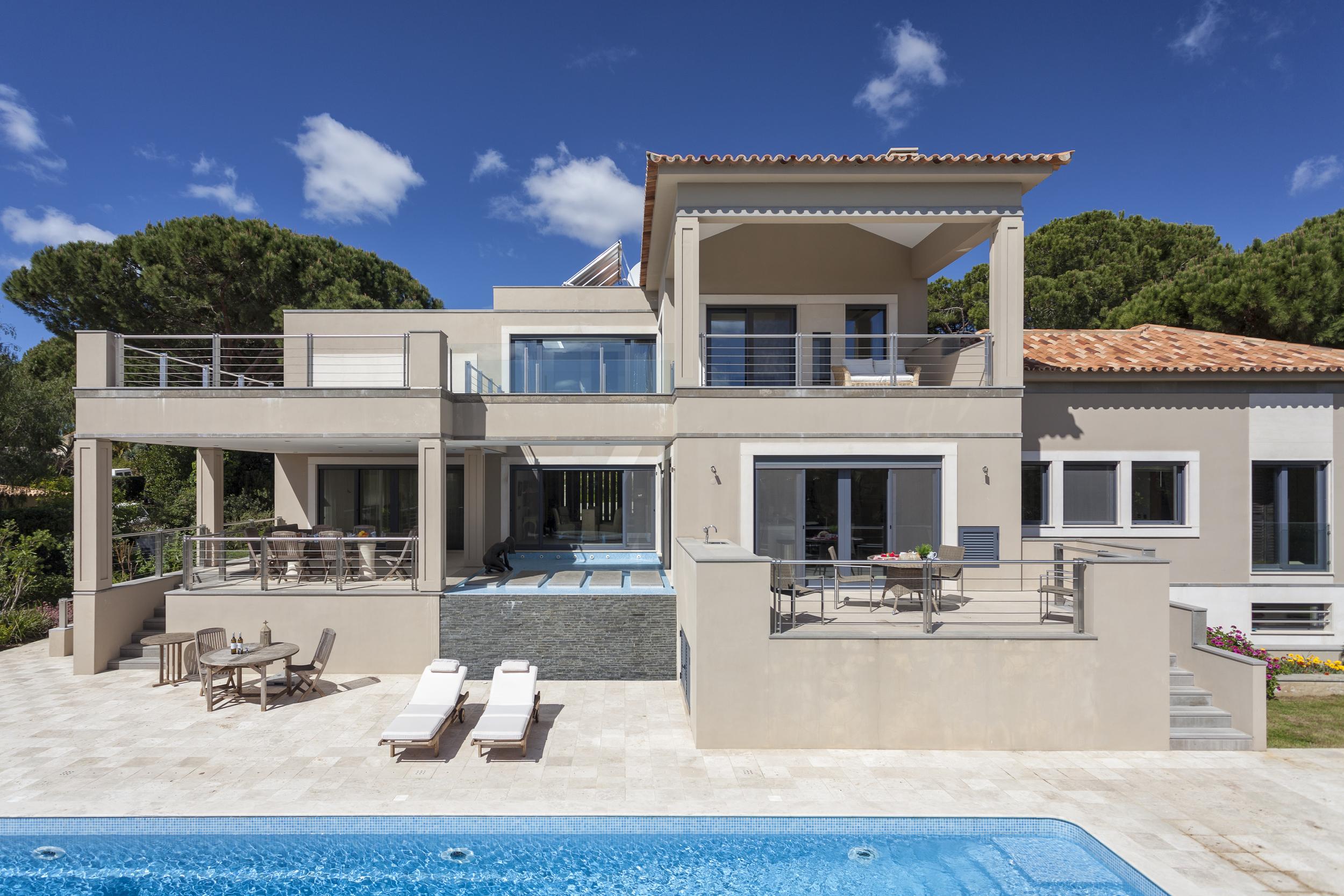 4 bedroom villa to rent in Quinta do Lago, RLV, Villa Serpentine, pool villa.jpg