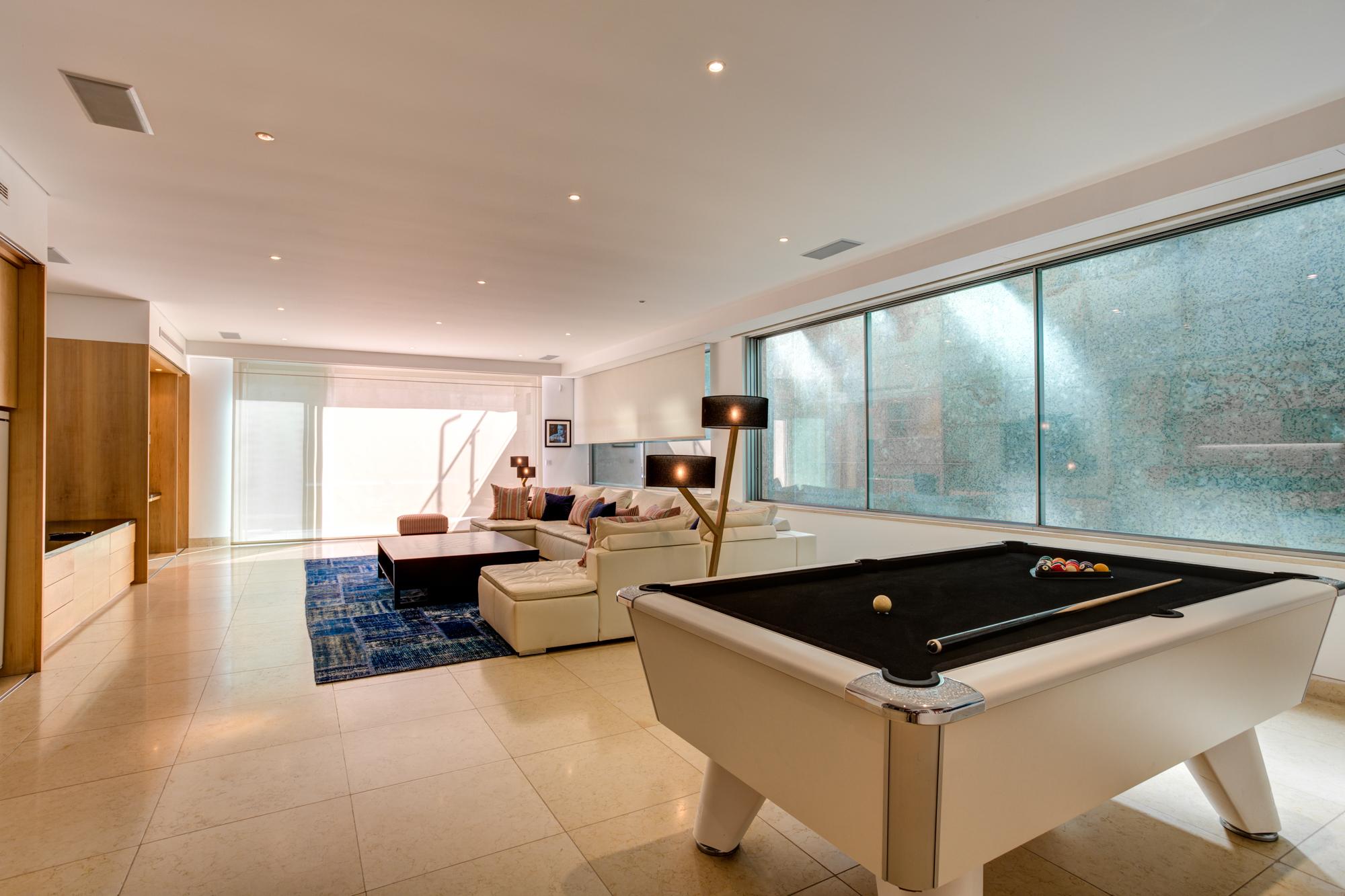 Villa Moon Sone, 5 bedroom prestige villa in Quinta do Lago, Algarve,games room.jpg