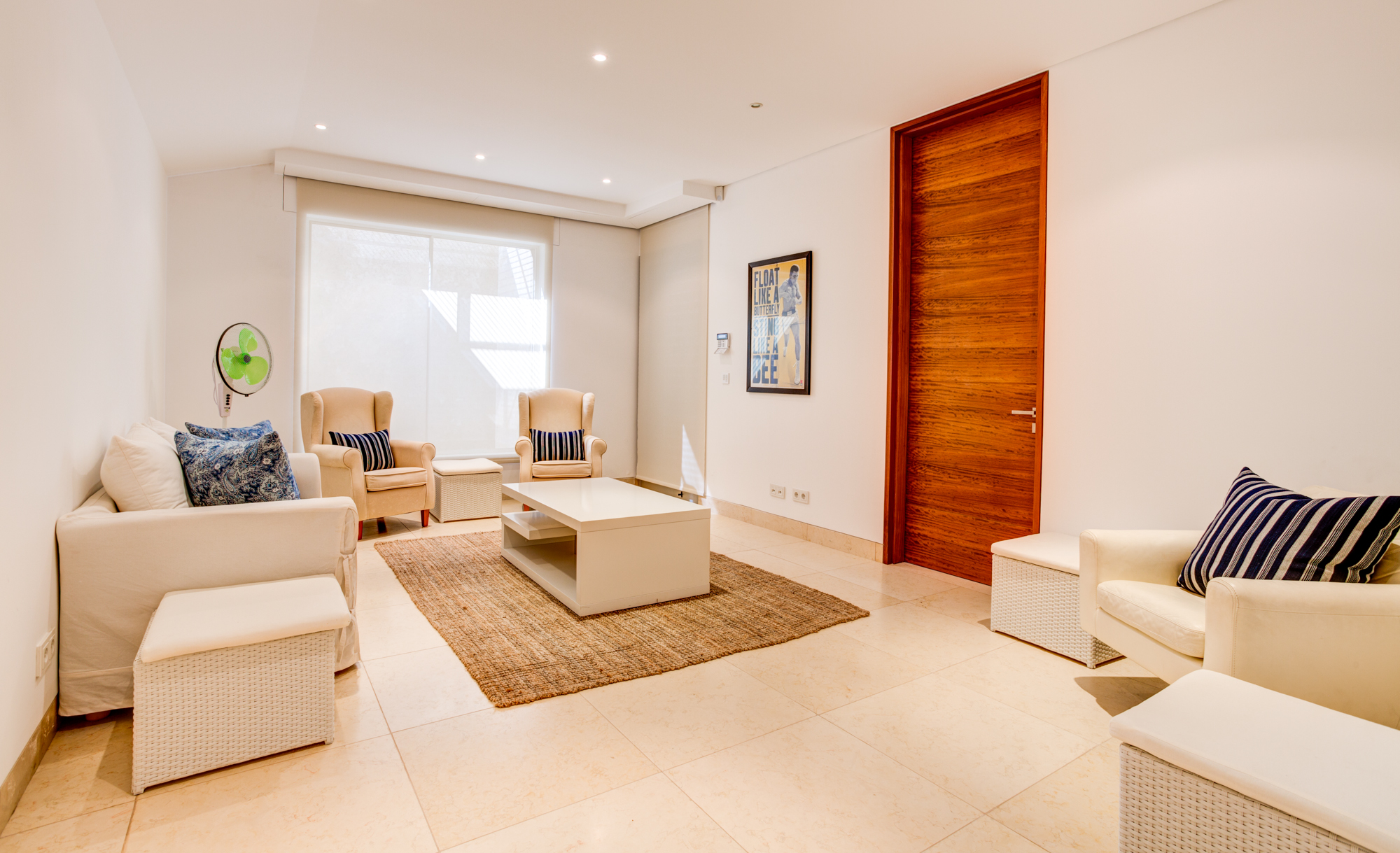 Villa Moon Sone, 5 bedroom prestige villa in Quinta do Lago, Algarve,lounge 1.jpg