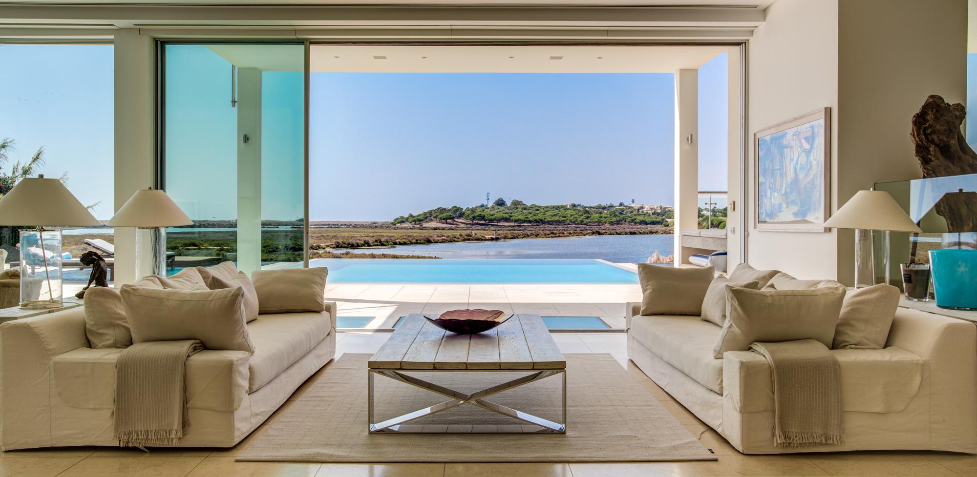 Villa Moon Sone, 5 bedroom prestige villa in Quinta do Lago, Algarve,lounge 4.jpg