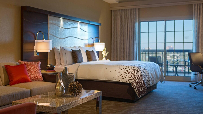 mcosr-guestroom-0200-hor-wide.jpg