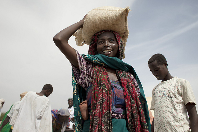 Sahel Food Crisis - Food distribution in Chad  Photo : Abbie Trayler-Smith/Oxfam