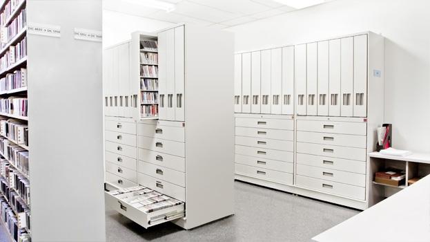 Business_Mobile_Shelving_Storage_10.jpg