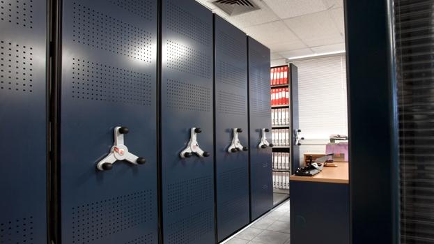 Business_Mobile_Shelving_Storage_11.jpg