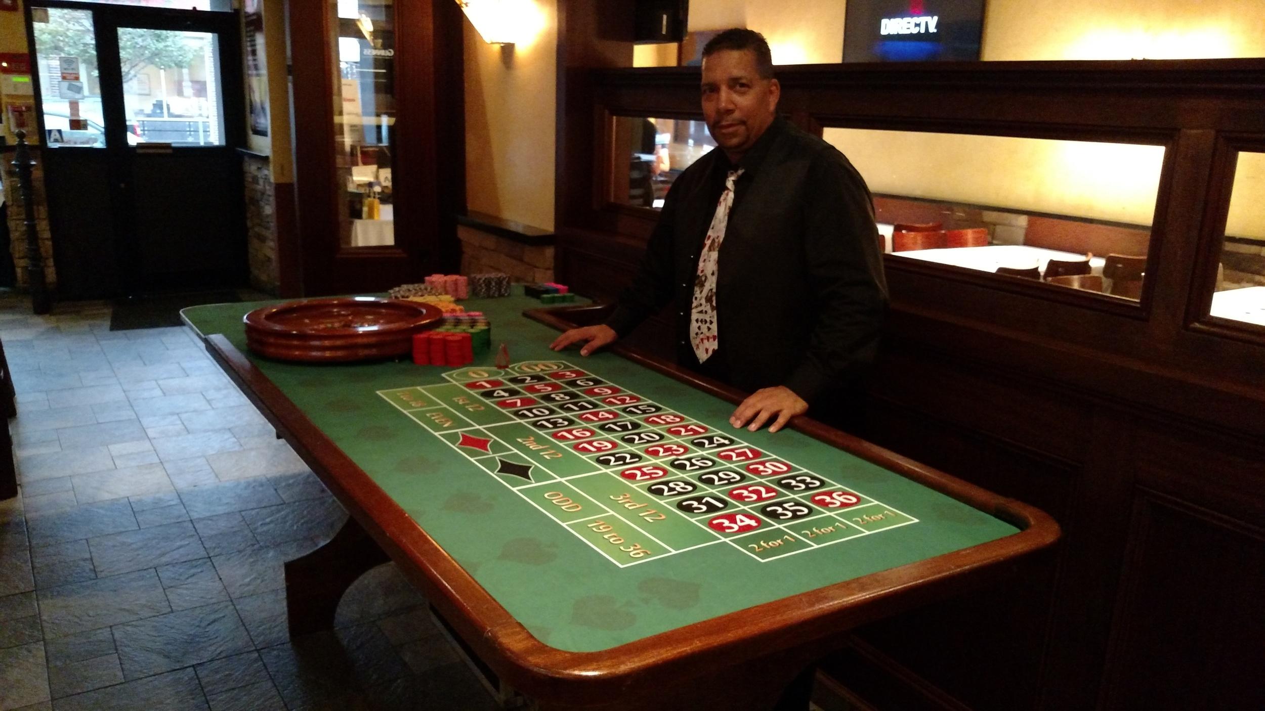 Roulette Table w. dealer.jpg