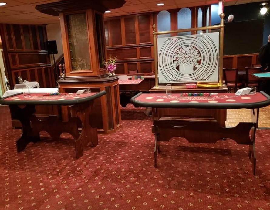 blackjack tables.jpg