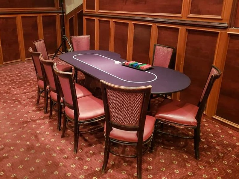 Poker table.jpg