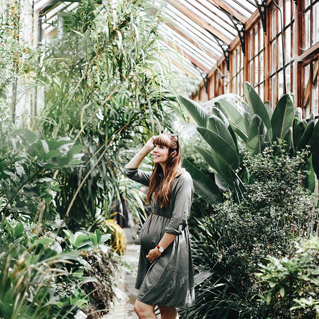 My happy place. Him and I in some greens. 💚🌿 Found ourselves in the beautiful glasshouse at Cambridge Botanic Garden on our anniversary time away. Photo by my handsome @_jayman @cubotanicgarden #findgreenbeauty #vsco #botanic #garden #glasshouse