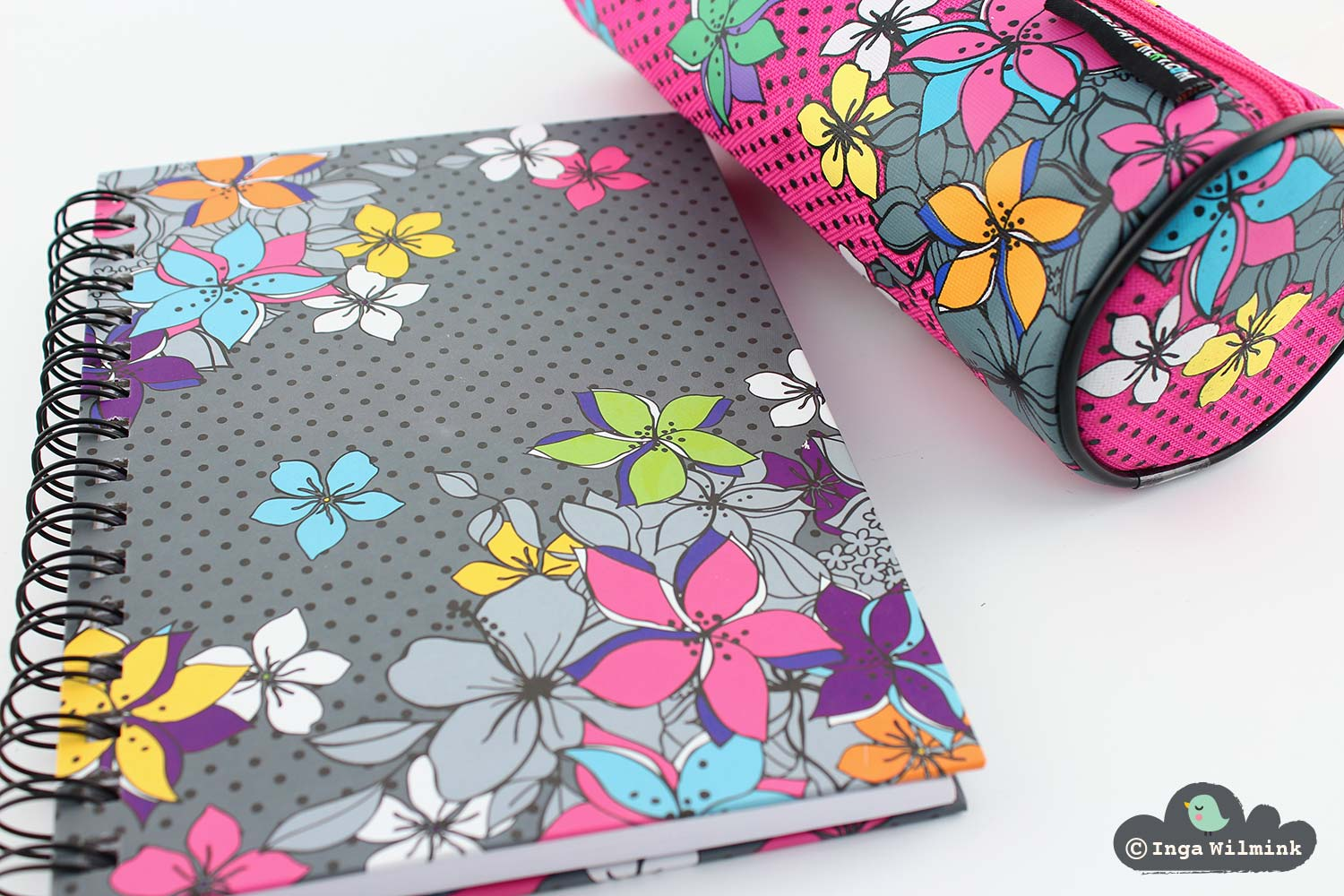 Floral Stationery - Surface Pattern Design by Inga Wilmink