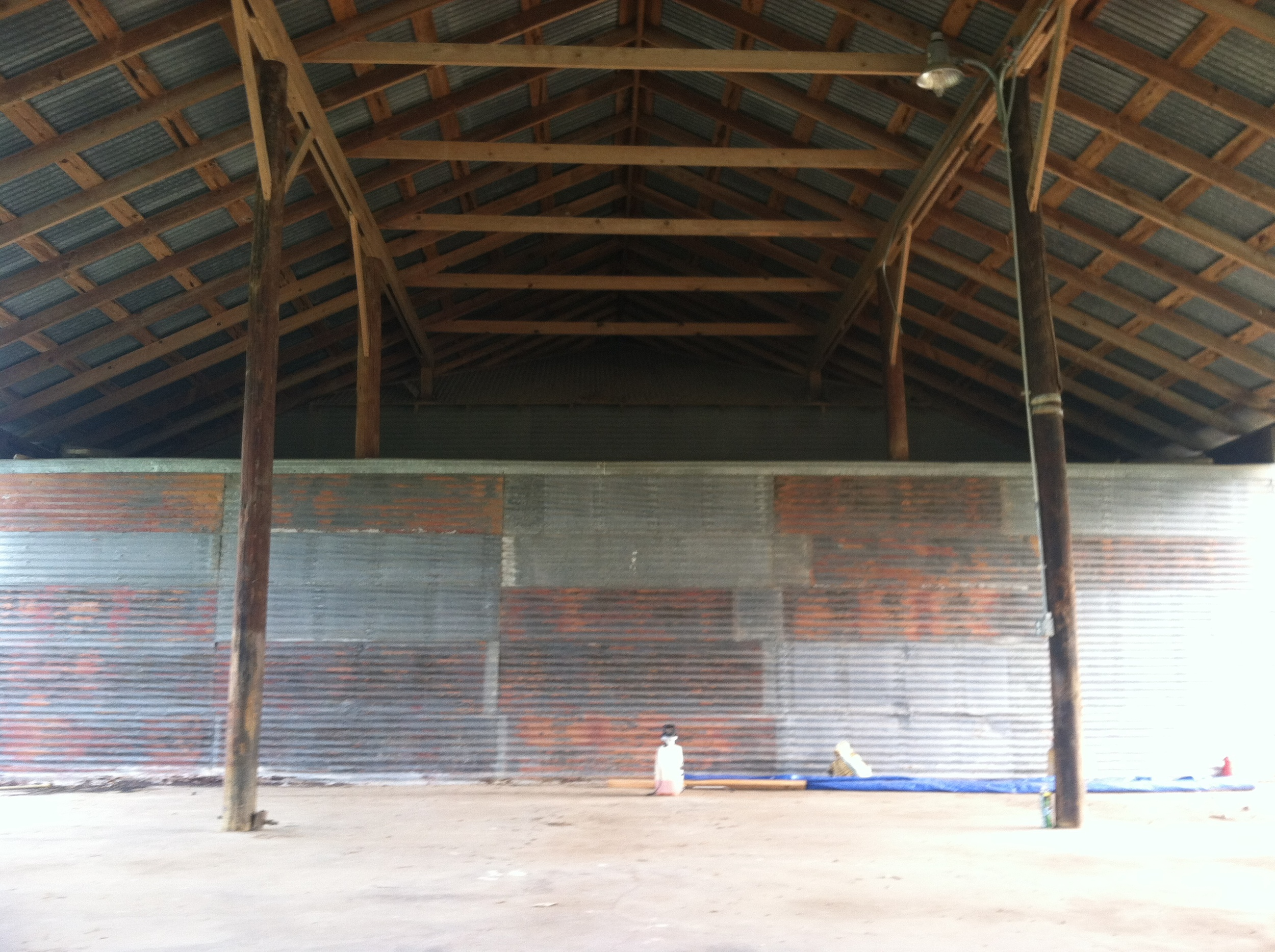 South end of the building and a look at the interior structure of the polebarn. Great texture on the old tin. And, Willie's Joint used some of the tin to make their new bar outside. It looks great.You should check it out!