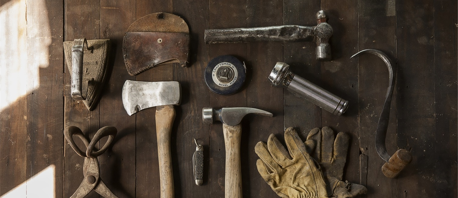 Small tools can make a big difference. (photo: unsplash.com)