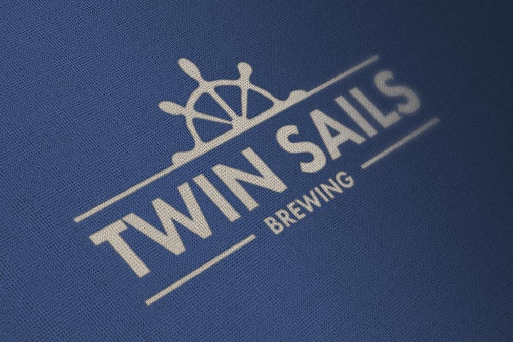_twinSails_02_mockup.jpg