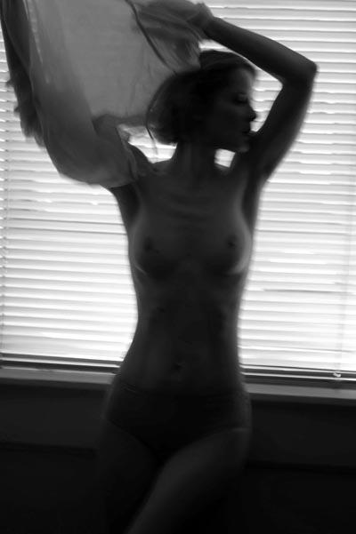 intimate-2002.jpg
