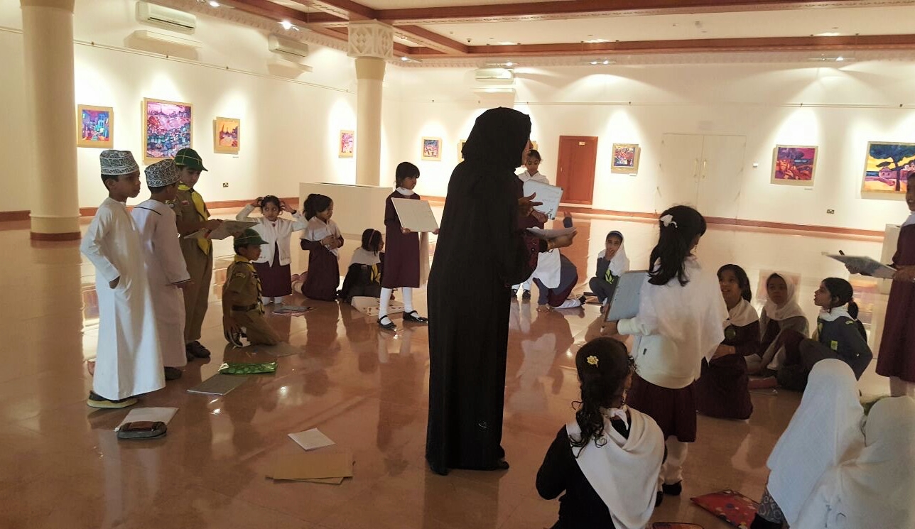 New Teacher leading a Ways of Looking workshop at Bait Al Zubair.Credit. unknownJPG.JPG