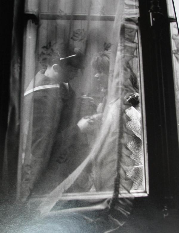 Les adieux du permissionnaire, Paris,  1963 silver gelatin print 24 x 20 inches; 60.96 x 50.8 centimeters