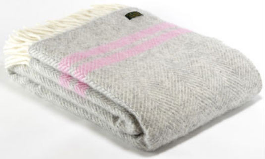 wool_throw_large_1024x1024.jpg