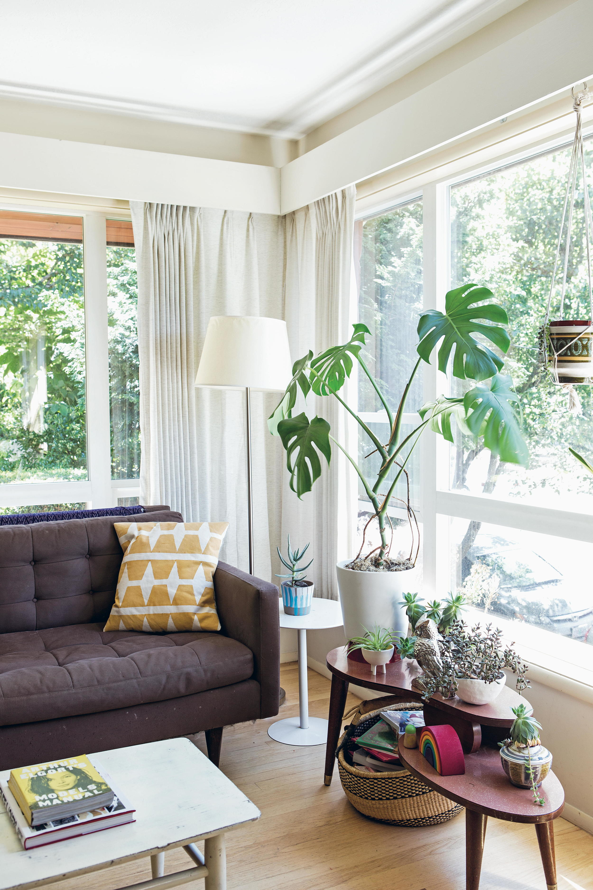 092_RPS1760_Joyce_livingroom03.jpg