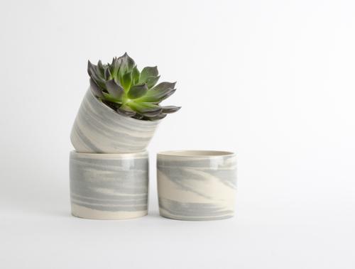 Stoneware pots from Room 356 /  Trouva