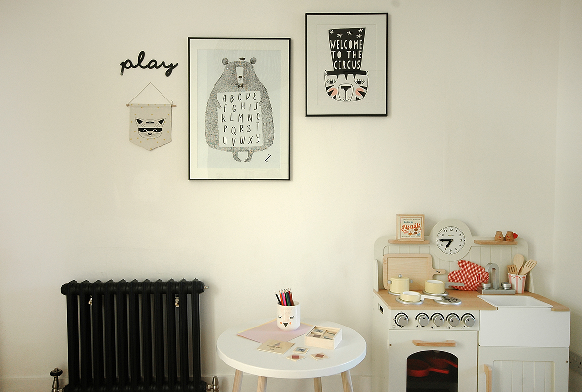 Acrylic play sign -  LaLa Loves Decor / Cat fabric banner -  Olive Loves Alfie / Bear Alphabet print -  Corby Tindersticks / Welcome to the Circus print by Seventy Tree -  Deco Baby / Cast iron radiator -  Castrads