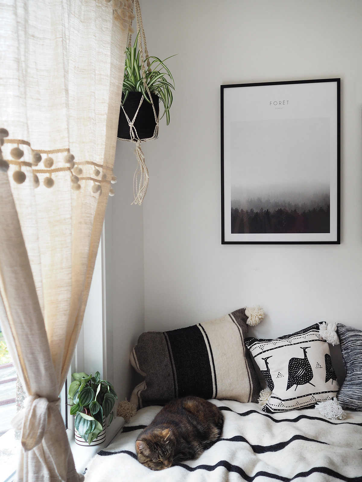 boho monochrome bedroom