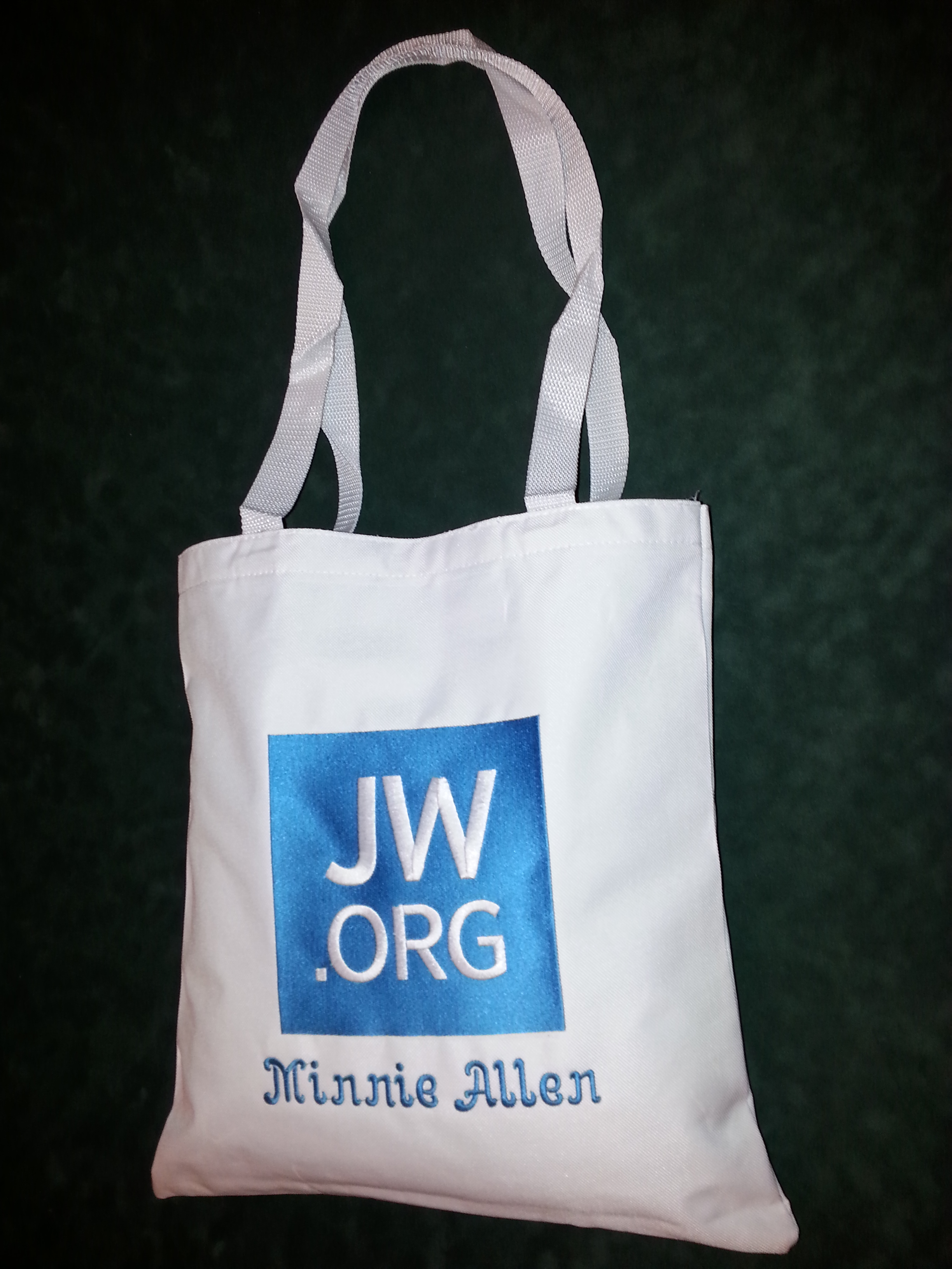 New tote bag embroidery and personalized .