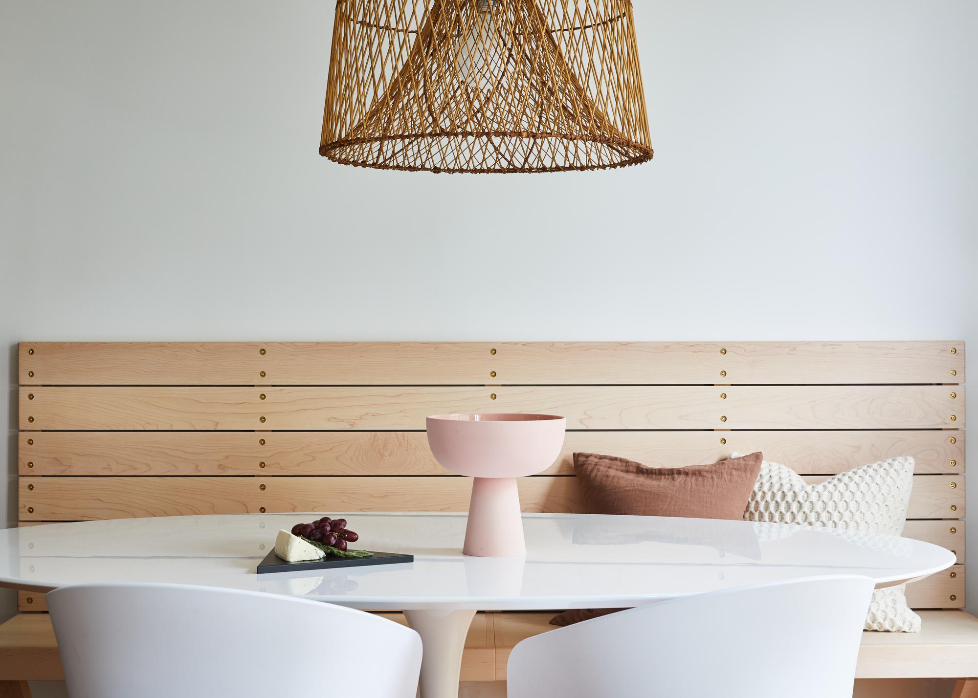 Dining_Table_Vignette.jpg