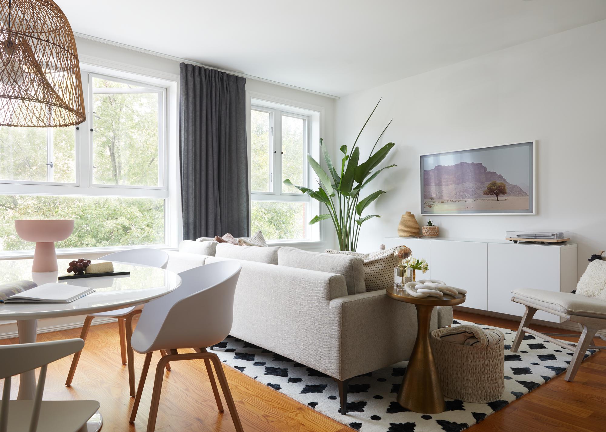 Living_Room_Wide_2.jpg