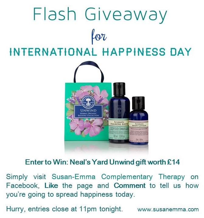 Flash Giveaway International Happiness Day