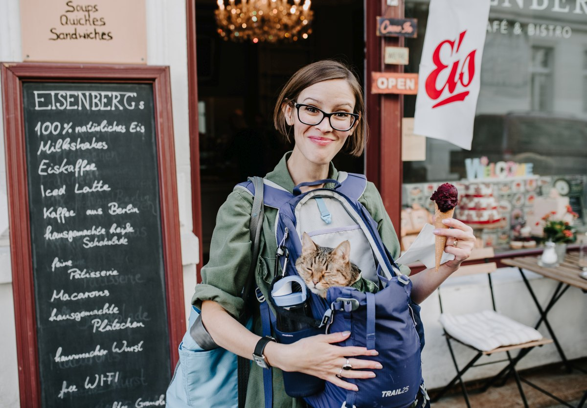 Breaking from the photoshoot to get blueberry sorbet. Cone, kitty, recently-acquired wedding ring, last heatwave of summer, new creative cat-lady friend - if I look happy here, it's because I damn well am. :) Photo by Juliana Socher