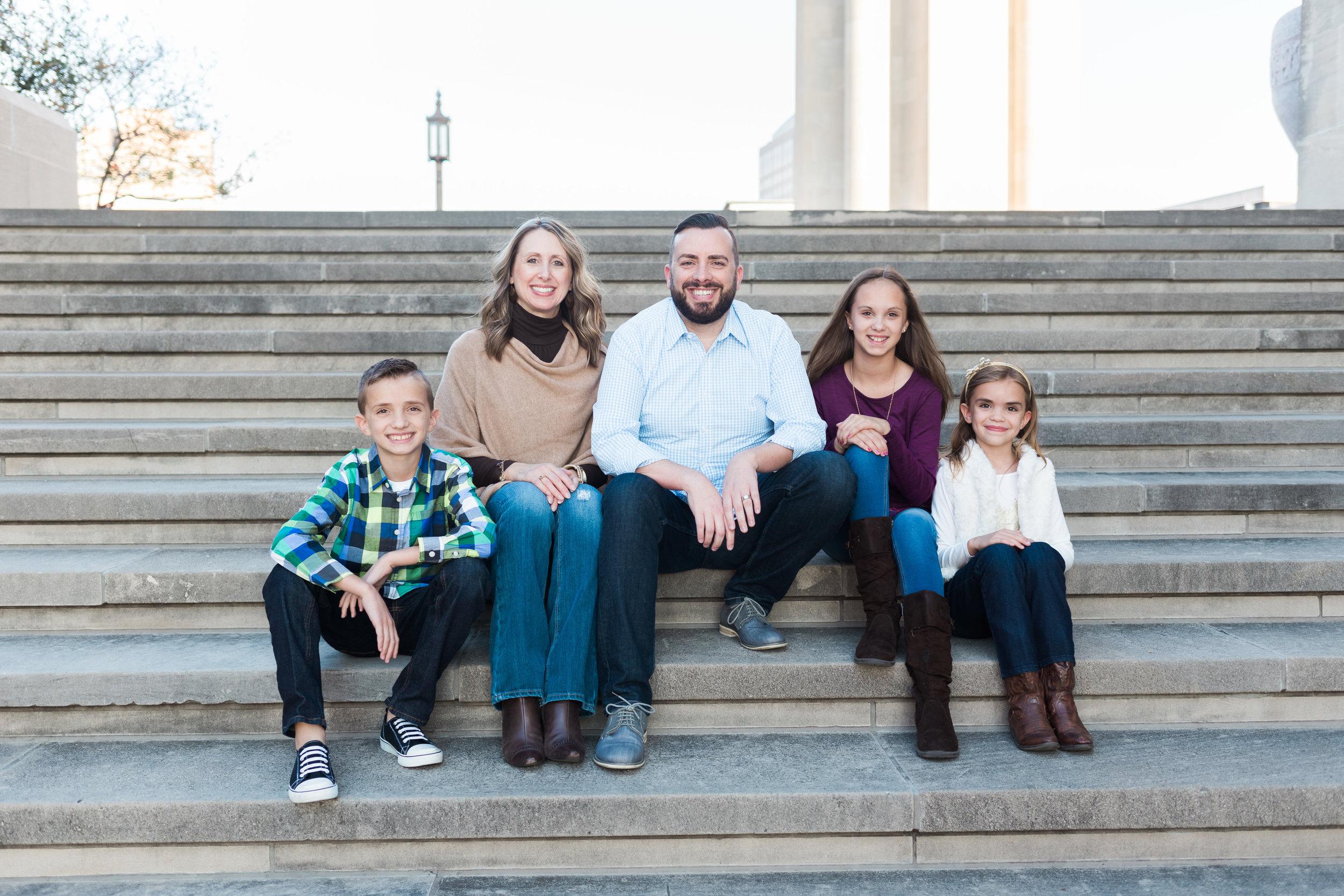 Downtown Kansas City Family Photos__MG_6832-1.jpg