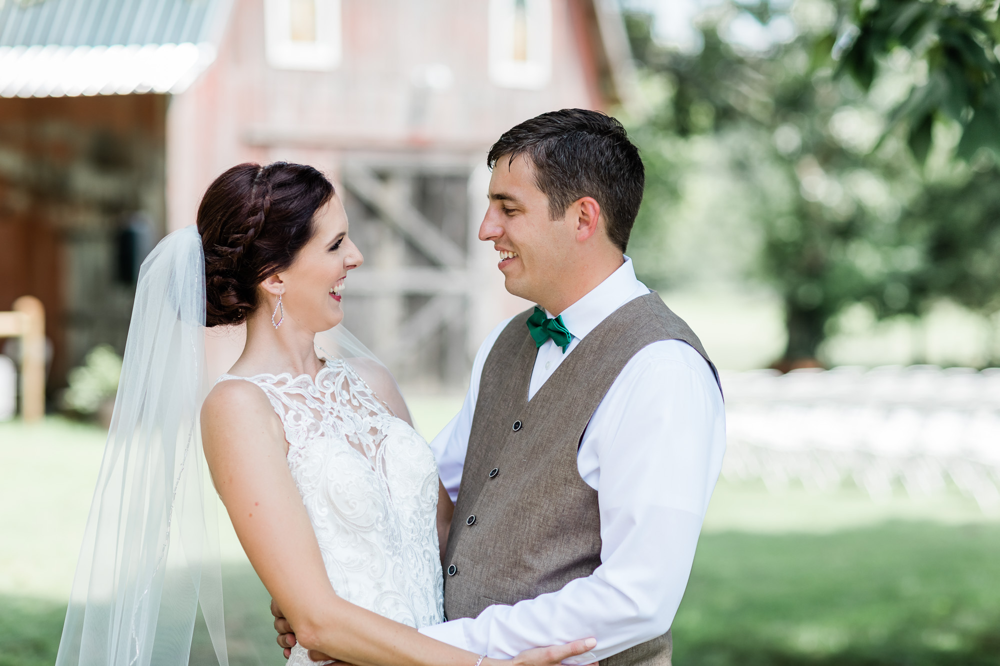 Northwest Arkansas Barn Wedding Photographer