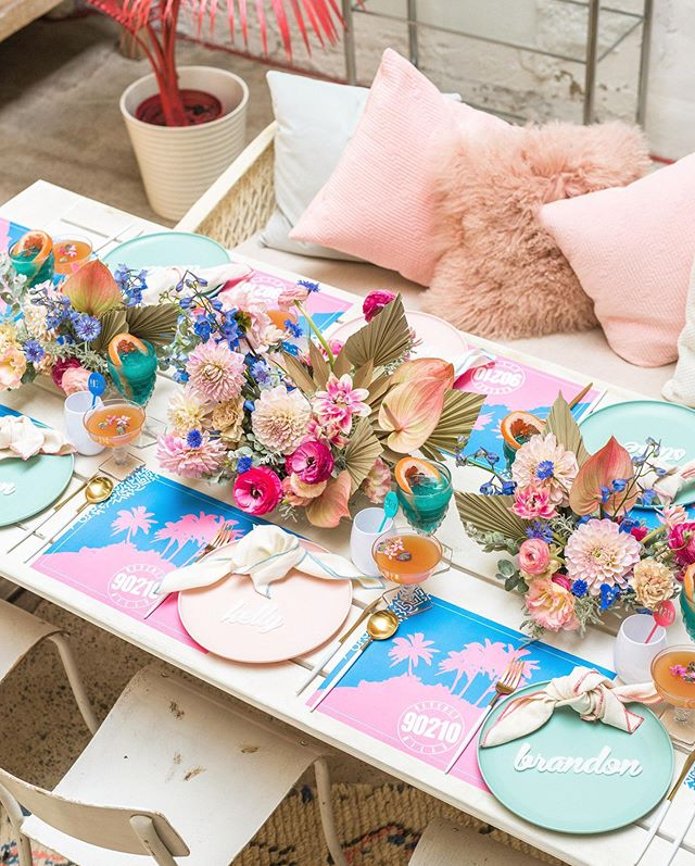Had the best time collaborating with such an amazing team on this fun throwback 90210 shoot!  You know the colors are my favy!!!! Design & Planning - @beijosevents / Photographer - @cydweeksphotography / Venue & Rentals - @sweetsalvagerentals / Spray Paint - @mycolorshot / Florals - @notjustinnovels / Tabletop - @cherishedrentals & @target / Burgers - @benchmark.restaurant / Cocktails - @colettescatering / Calligraphy, Signage & Paper Goods - @riverandbridge / Cake - @jenteebakes / Napkins - @hostesshaven / Styling Surface - @chasingstone