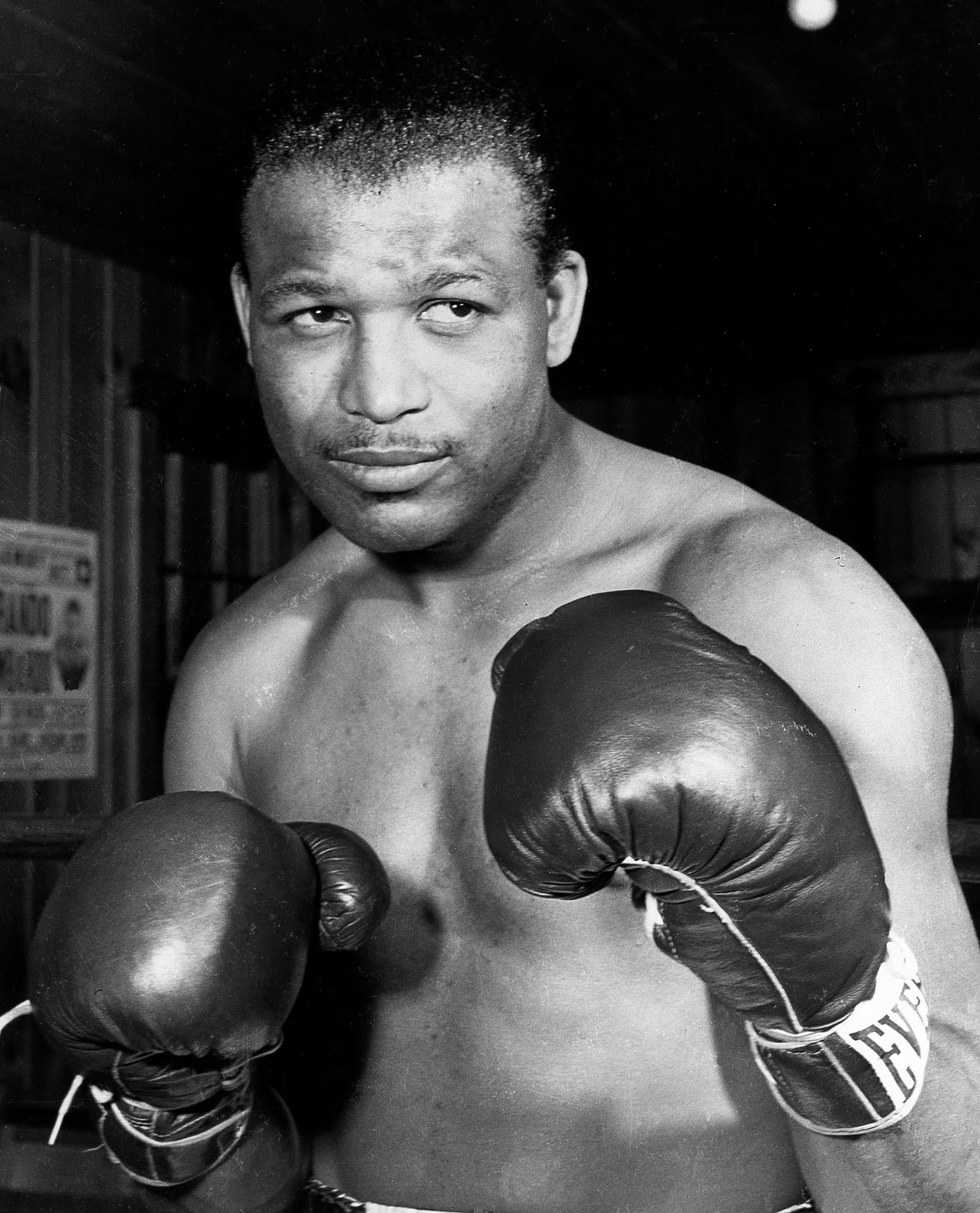 Consensus Pound-for-Pound Greatest Boxer of all time Sugar Ray Robinson. Total Pro and Amateur Record 258-19-6 (2) (177 KO's). World Welterweight Champion 1946-1951, World Middleweight Champion 5 times from 1951-1960, one time World Light Heavyweight Title Challenger.