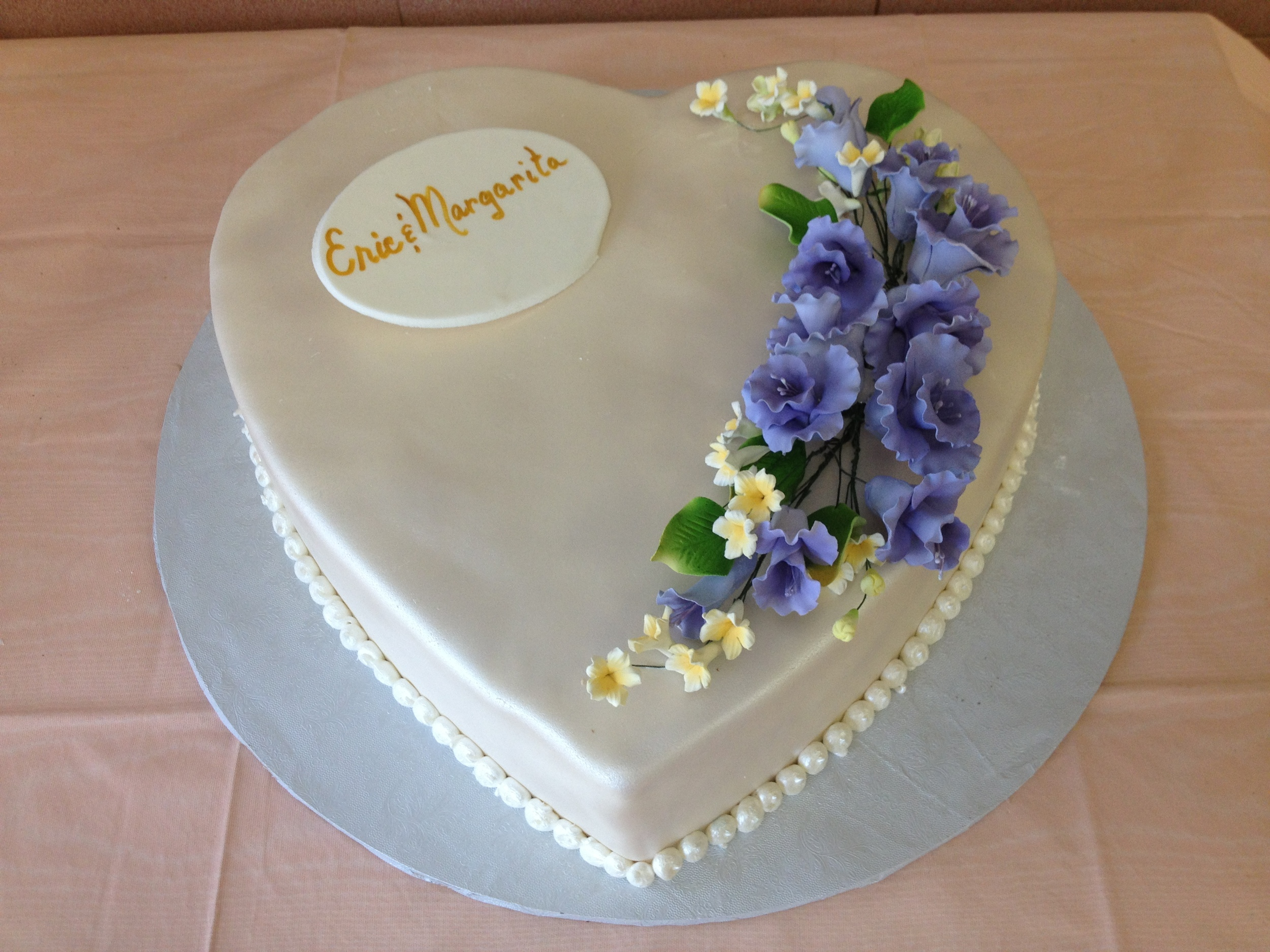 Heart Ivory Rolled Fondant Pearlized Gum Paste Flowers