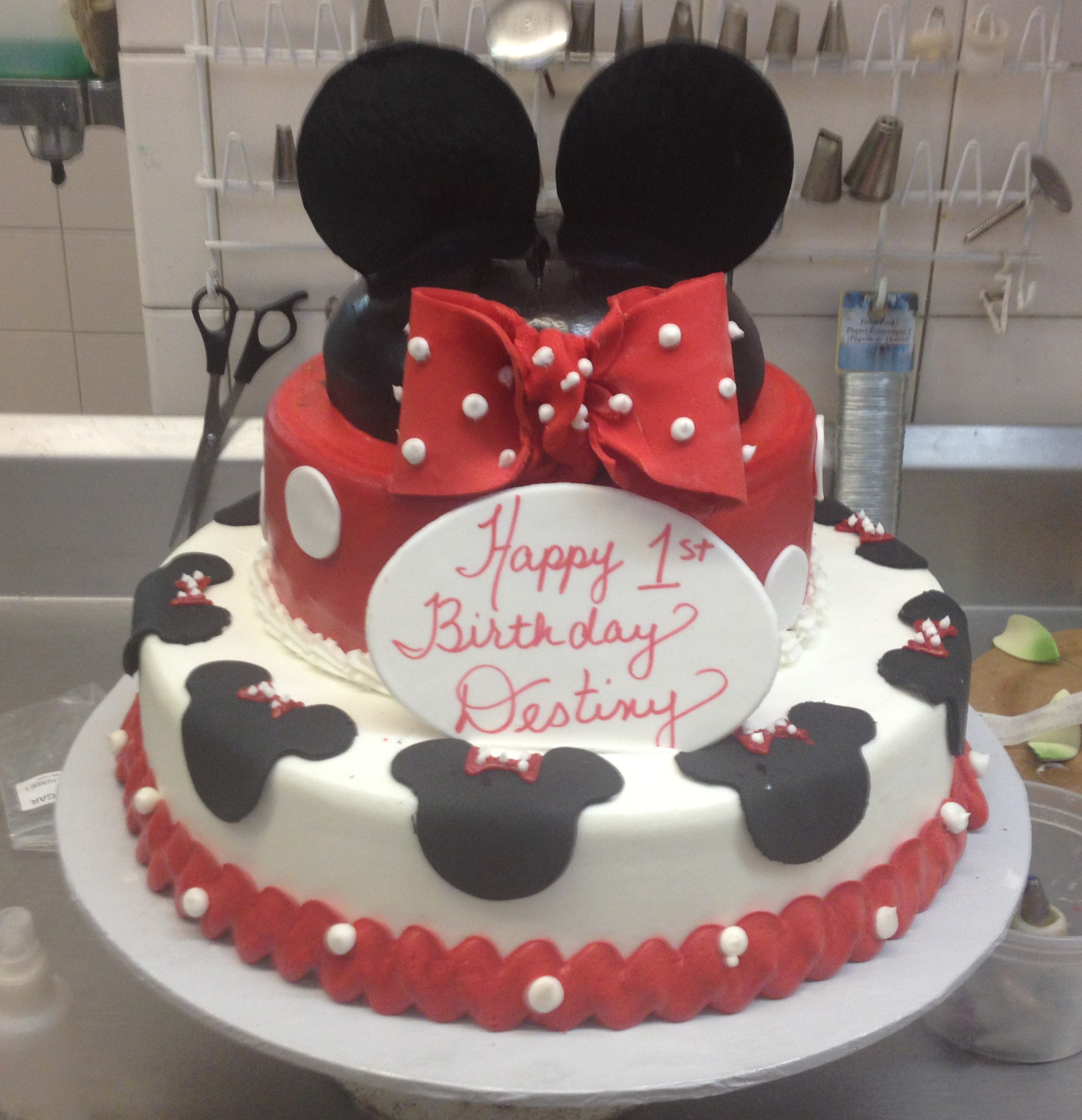 Minnie Cake. RedBow.Ruffle