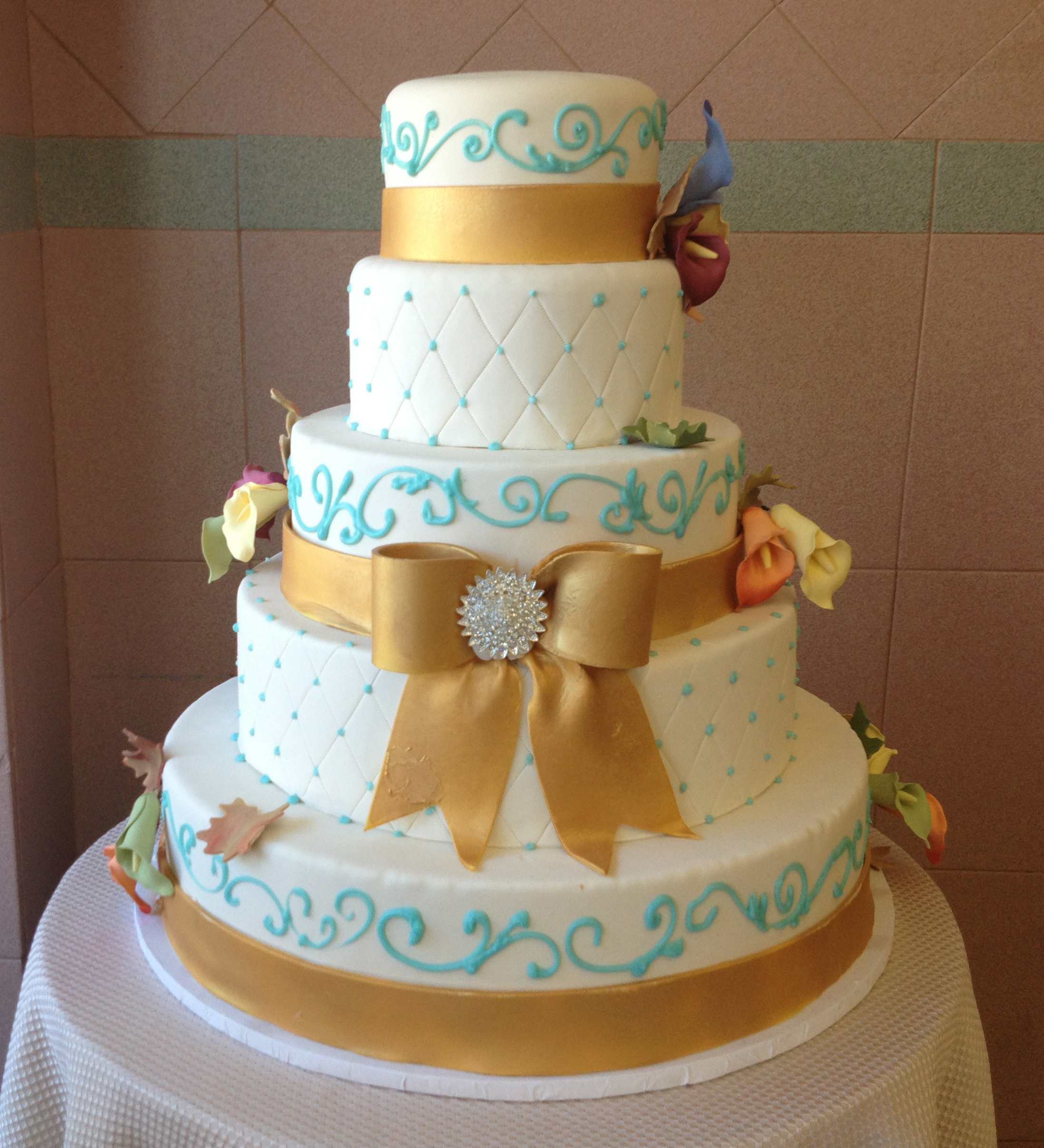 Ivory Rolled Fondant, Quilted, Gold Bow & Band with Rolled Fondant Calla Lilies