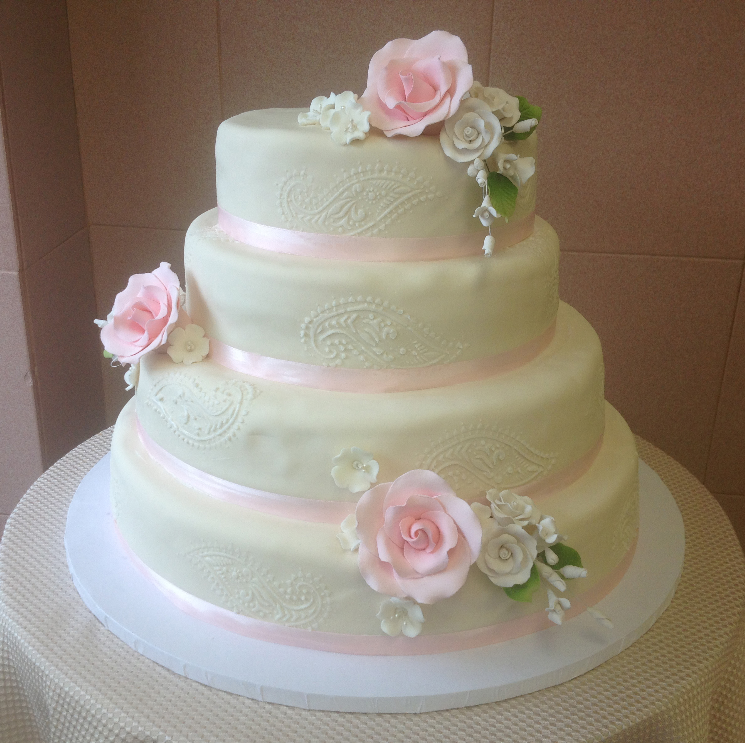Ivory Rolled Fondant, Stenciling, Rolled Fondant Roses